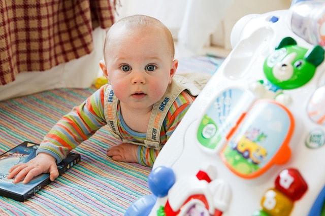 Wanneer zet mijn kindje de eerste stapjes?