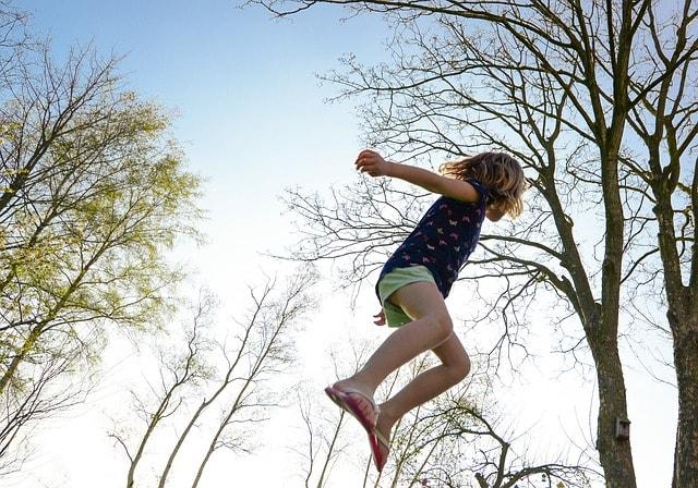 5 tips om je kinderen meer buiten te laten spelen