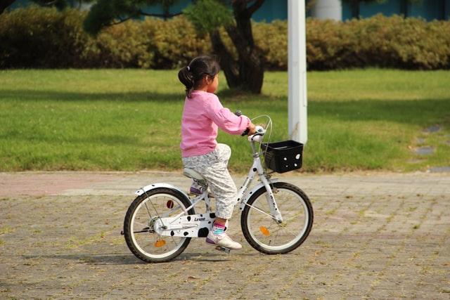 Kinderfiets voor als kleine meisjes groter groeien