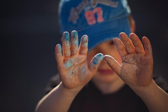 5 leuke spellen voor buiten om met je kinderen te spelen